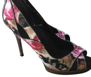 Karen Millen Multi Pumps