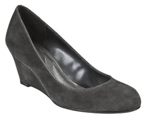 Mossimo Supply Co. Sueded Round Toe Patent Gray Wedges