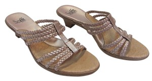 Eürosoft by Söfft Size 9.50 M Very Good Condition Light Neutral Sandals