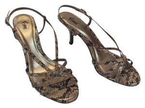 Fioni New Size 8.50 M Tan, Brown, Sandals