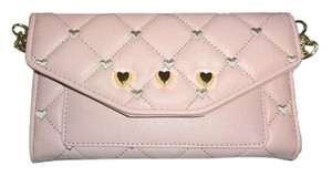 Betsey Johnson LUV BETSEY QUILTED HEARTS/DIAMONDS WALLET ON A STRING BLUSH
