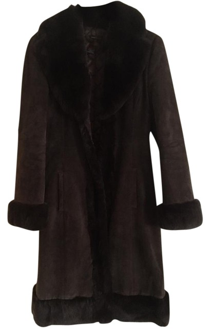 Item - Chocolate Brown Suede And Coat Size 4 (S)