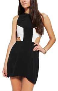 Naven short dress Black/white on Tradesy