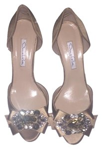 Oscar de la Renta Champagne Jeweled Gold Pumps