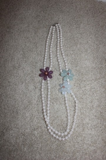 Anthropologie Long white pearl necklace with 3 flowers