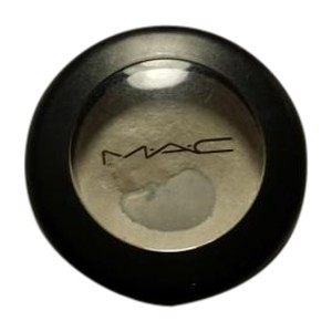 MAC Cosmetics MAC Eyeshadow in crystal avalanche