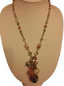 UNKNOWN LONG BEADED NECKLACE