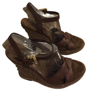 Laundry by Shelli Segal Brown Wedges