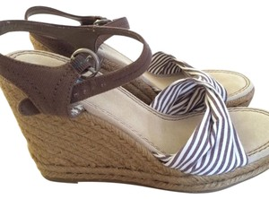 American Eagle Outfitters Brown, white Wedges
