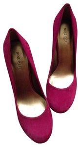 Nine West Gem Rounded Toe Round Toe Heels Bright Pop Of Color Suede Raspberry Pumps
