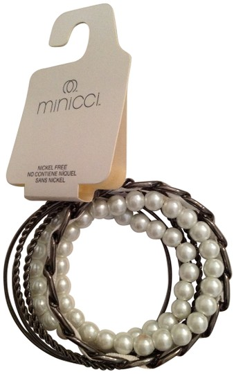 Minicci pearl and metal bangles