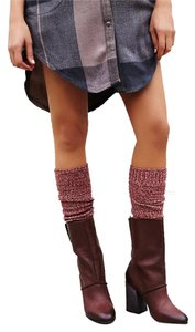 Free People Button Detail Cute Stunning Style Mid Sz 38 oxblood Boots