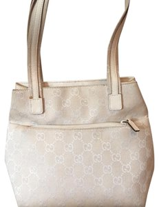 Gucci Tote in White/ivory