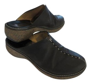 Clarks Black Oiled Leather Mules