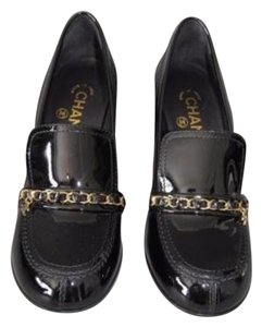 Chanel 15b Chain Logo Patent Leather Loafers Heels Black Pumps