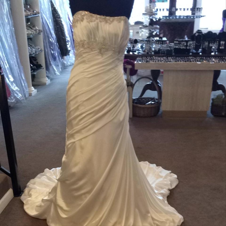 Mori lee wedding dress on sale 75 off wedding dresses for Mori lee wedding dress sale