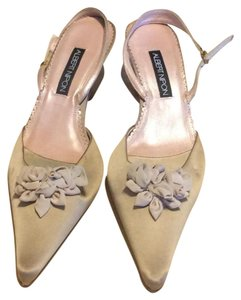 Albert Nipon Champagne Pumps