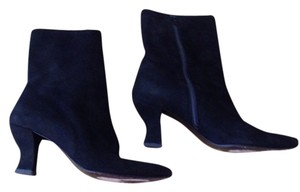 Anne Klein Couture blk suede Boots