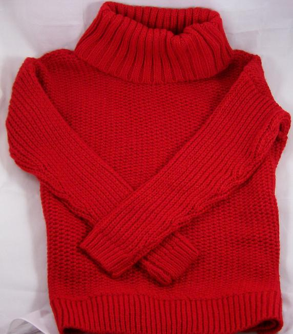 Item - Turtleneck - Size Small Red Sweater
