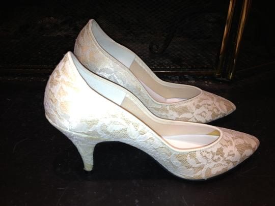 Cream with White Lace Formal Size US 6
