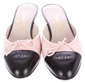 Chanel Leather Spring Summer Size 36 Pink Mules