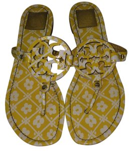 Tory Burch Yellow and White Flowers Sandals