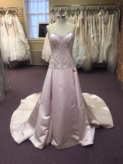 Casablanca Silver Blush/ Silver Sleek Satin 2123 Wedding Dress Size 10 (M)
