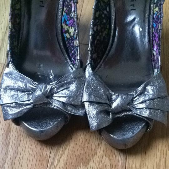 Madden Girl Bow Bows Silver Pumps