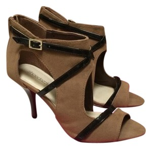 ShoeDazzle Brown Pumps