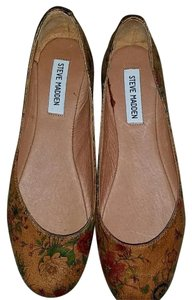 Steve Madden Tan Multi colored floral Flats