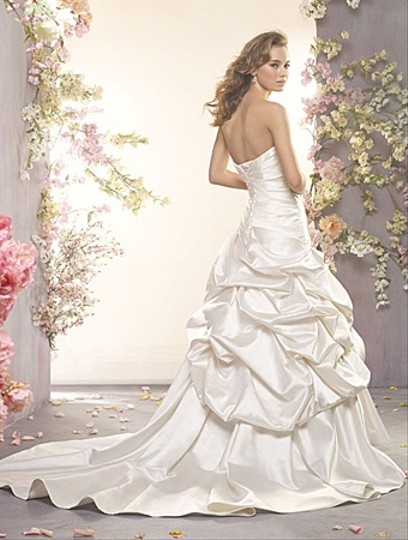 Alfred Angelo Ivory Satin with Sheen 2406 Traditional Wedding Dress Size 4 (S)