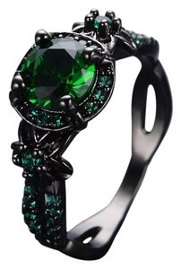 New Lab Created Green Emerald & Black Gold Filled Ring 9