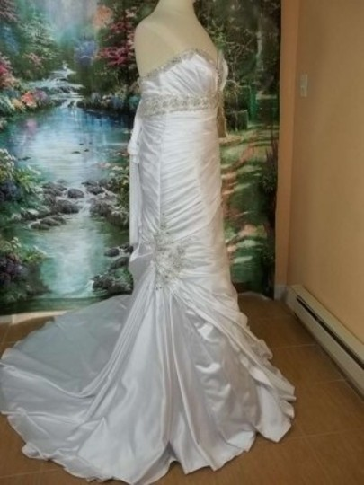 Mori Lee White/Silver Satin 1653 Formal Wedding Dress Size 12 (L)