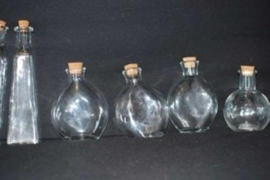 Pier 1 Imports Clear Glass 24 Small Vases and Bottles Reception Decoration