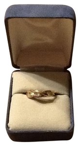 10KT Gold Diamond Ring