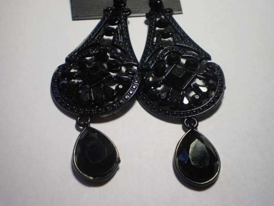 Body Central New Long black earrings
