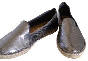 DV by Dolce Vita Pewter Flats