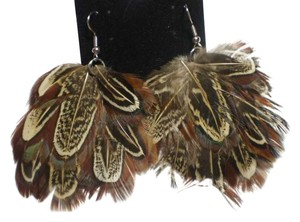 Body Central New Feather earrings