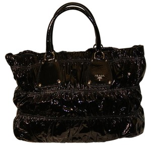 Prada Classic Vintage Patent Leather Tote in Black