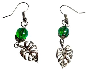 Other Handmade Green Leaf Earrings Silver Color E628