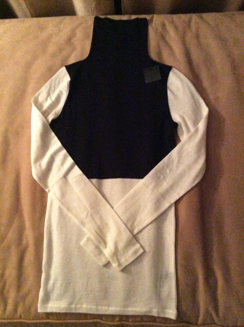 Club Monaco Turtleneck Colorblock White Cute Sweater