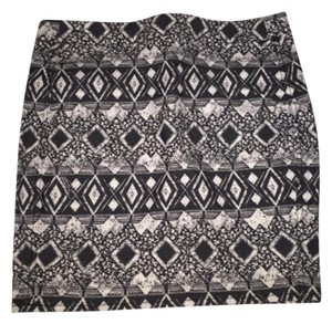 H&M Mini Skirt Black and white
