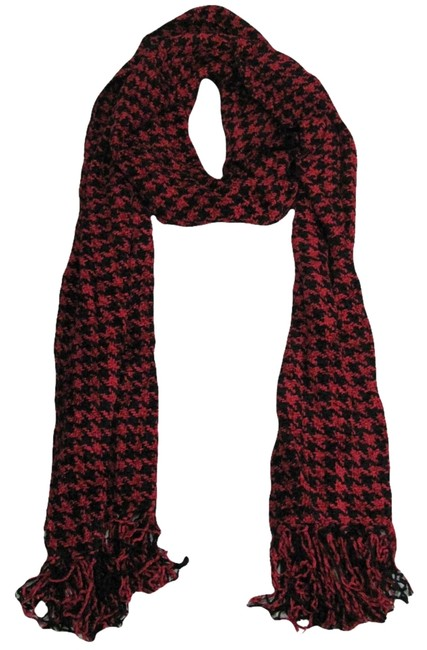 Item - Red and Black With Tags Women's Houndstooth Knit Gift Idea Scarf/Wrap