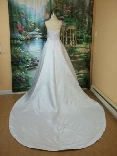 DaVinci Bridal White Satin T8107 Formal Wedding Dress Size 14 (L)