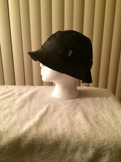 Gucci Gucci Leather Stiched Hat