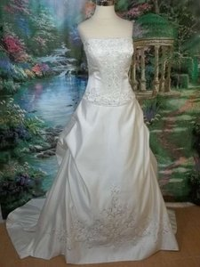 DaVinci Bridal 8435 Wedding Dress