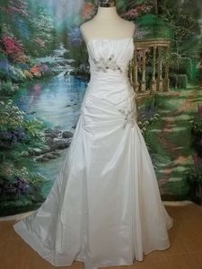 DaVinci Bridal Diamond White Taffeta 8363 Formal Wedding Dress Size 6 (S)
