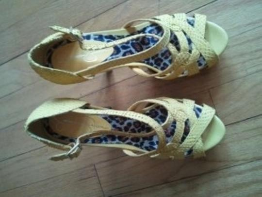 Jessica Simpson Lemon Yellow Platforms