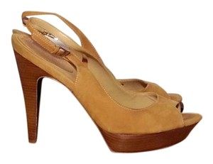 Cole Haan Suede Tan Pumps