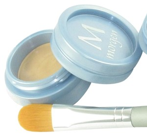 Morgen Schick Cosmetics Morgen Schick Cosmetics High Def Hide or Highlight Concealer Medium #1